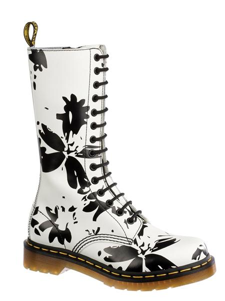 Flower Burst White Softy High Boot